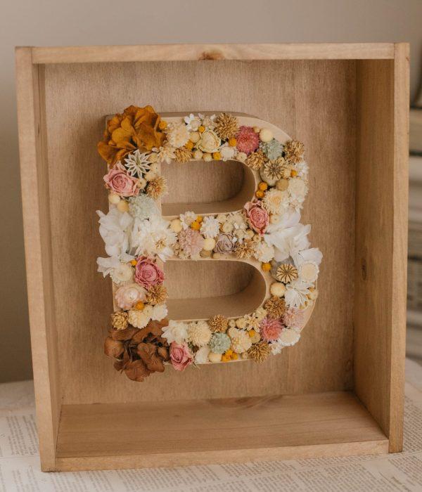 letras de flores secas